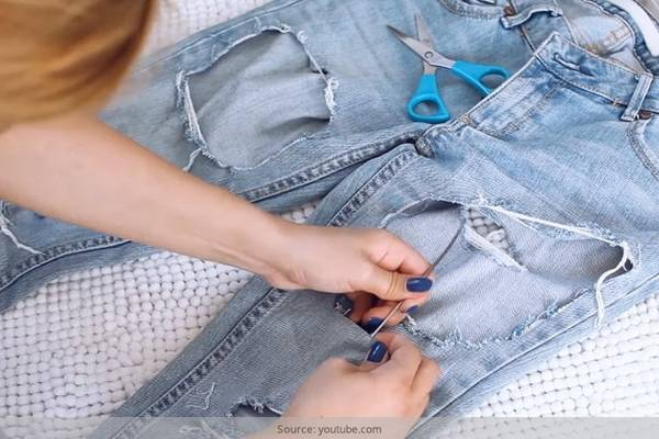 DIY-Ripped-Jeans-How-to-Rip-Jeans-and-Leave-The-White-Thread