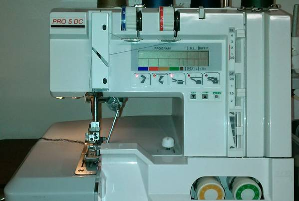 The-Elna-Lock-Pro-5-DC-Serger-Review-Price-Manual-Parts