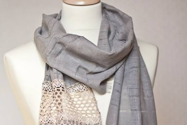 What-kind-of-Fabric-are-Scarves-Made-of